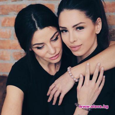 Една от най-известните български манекенки Диляна Попова подаде ръка на