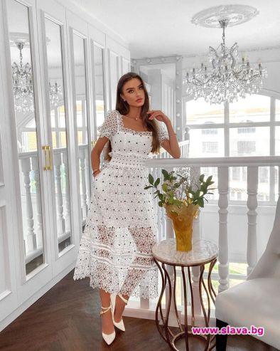 Прекрасната сестра на актрисата Саня Борисова - Рене, официално ще