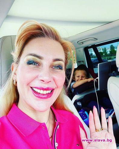 Антония Петрова май е в щастливо очакване на второ дете