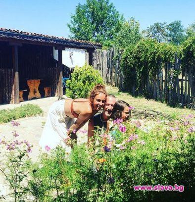 Селска идилия с мирис на море събужда актрисата Радина Кърджилова
