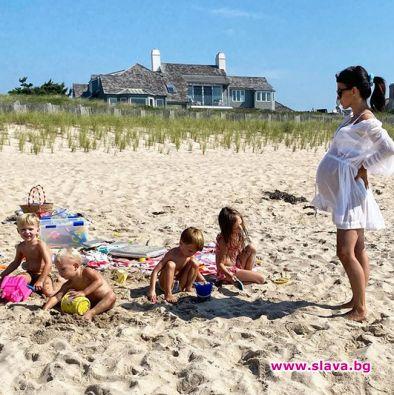 Хилария и Алек Болдуин очакват петото си дете съвсем скоро.