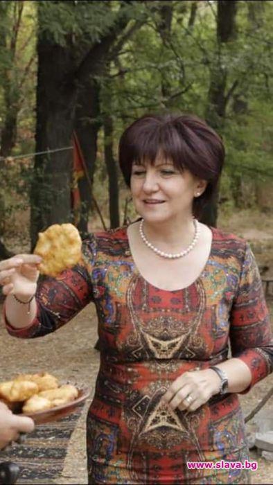 Шефката на Парламента Цвета Караянчева пържи най-добре.