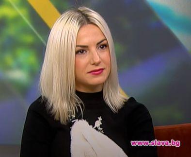"""Талантливата певица стана първият участник, напуснал втори сезон на """"Маскираният"""