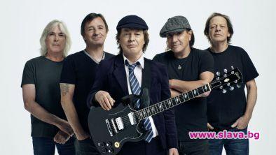Легендарната група AC/DC ще представи първия си албум с нова