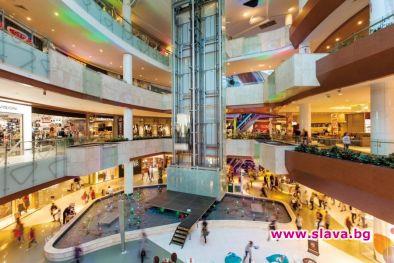 Търговските центрове (моловете) се опитват да пристискат наемателите на магазините