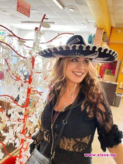 Любимата българска изпълнителка пусна снимки с традиционна екстравагантна шапка. Макар