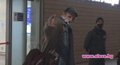 Холивудската мега звезда Лиъм Нийсън пристигна в България. Той е