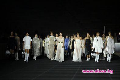 Със зрелищно шоу, въплътило духа на древногръцките традиции и на