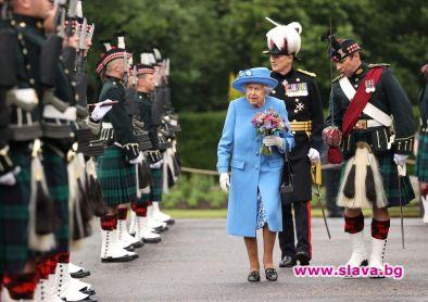 Елизабет Втора и британското кралско семейство подкрепят движението срещу расизма