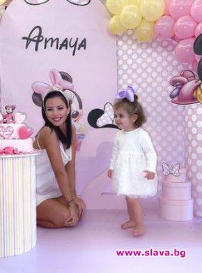 Дъщерята на Криско Амаая стана на две години с приказно
