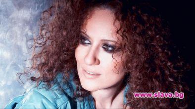 Певицата Белослава, която е сред най-известните почитателки на кемперите, продава